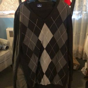 Argyle grey and black pullover